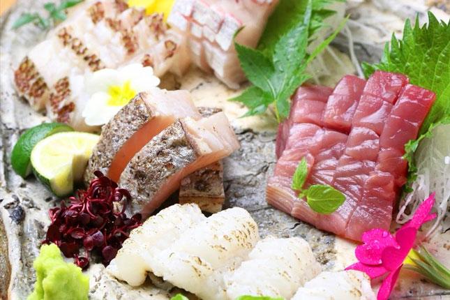 鮮魚 お造り盛り合わせ