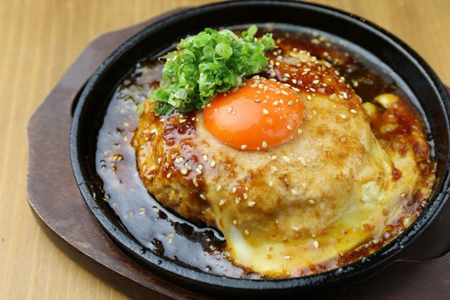 鴨肉たっぷり つくねの鉄板焼き〜チーズものせれます〜